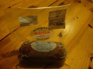 Genau das ist koshere Wurst Mama!Ja genau lieber Schatz, deswegen haben wir sie ja gekauft.